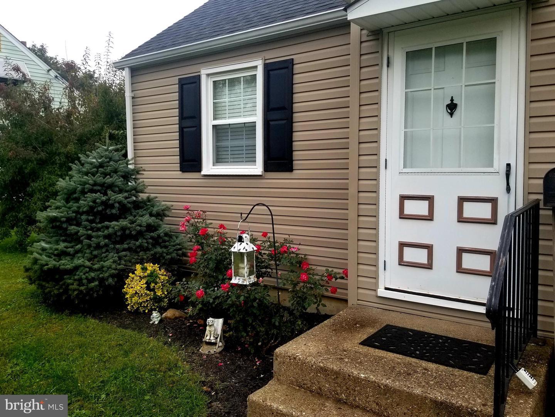 Single Family Homes للـ Sale في Brookhaven, Pennsylvania 19015 United States