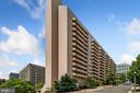 Woodbury Heights Condominium - 1301 N COURTHOUSE RD #801, ARLINGTON
