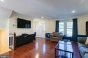 Look at all the natural light! - 3608 EAGLE ROCK CT, WOODBRIDGE