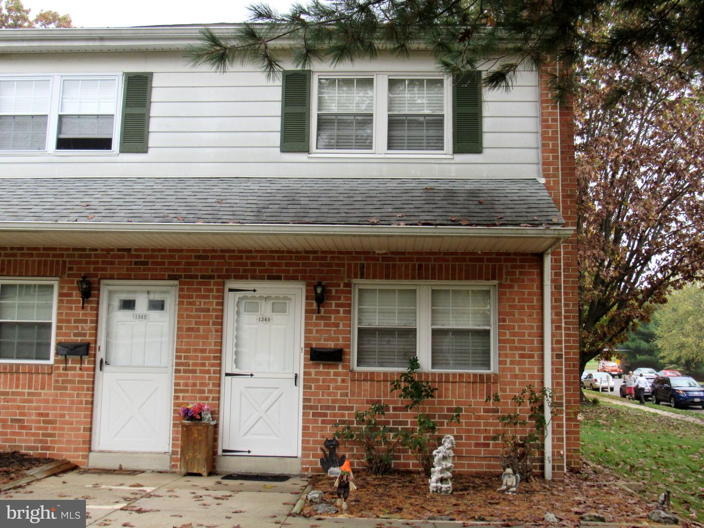 Single Family Homes voor Verkoop op Upper Chichester, Pennsylvania 19061 Verenigde Staten