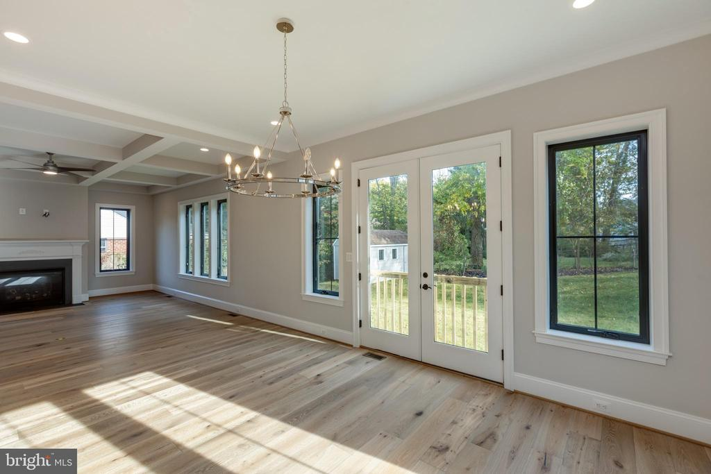 Stunning Dining Space - 7401 TOWER ST, FALLS CHURCH