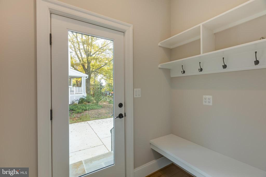 Mudroom With Lots of Storage - 7401 TOWER ST, FALLS CHURCH