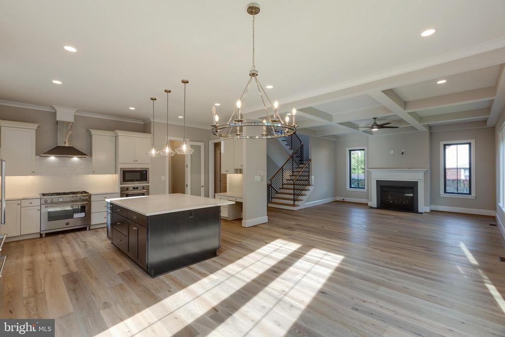 Total Open Concept - 7401 TOWER ST, FALLS CHURCH