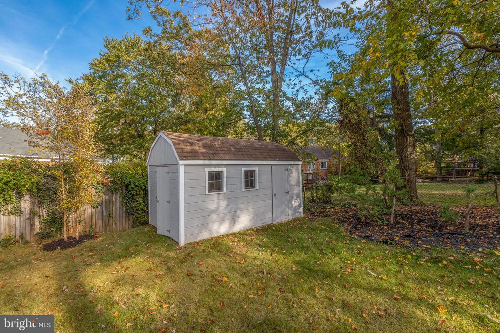Shed - 7401 TOWER ST, FALLS CHURCH