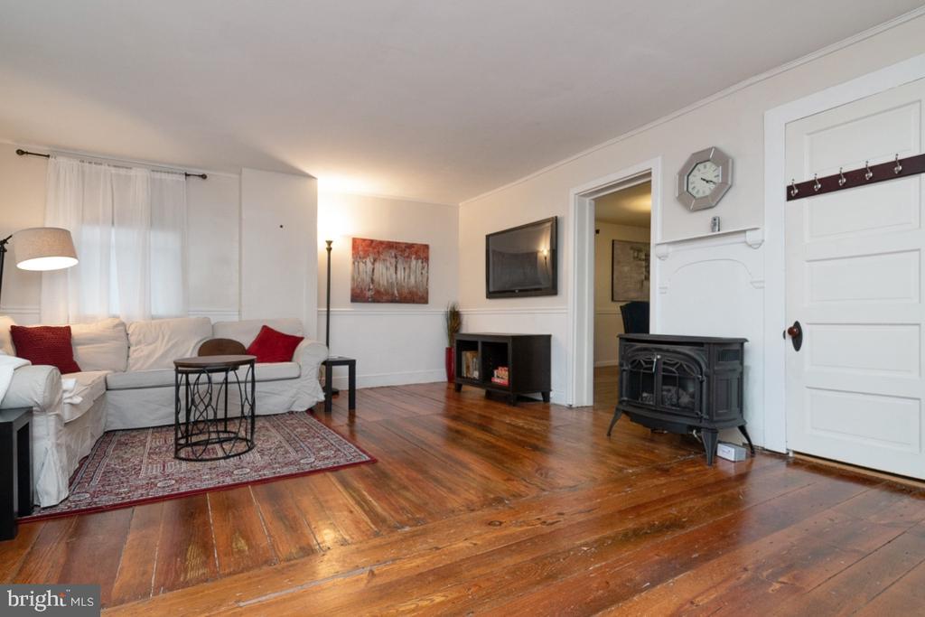 Living Room - 3635 BUCKEYSTOWN PIKE, BUCKEYSTOWN