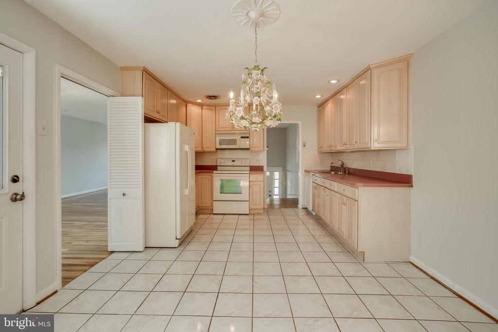 Eat in Kitchen - 12813 LAYHILL RD, SILVER SPRING