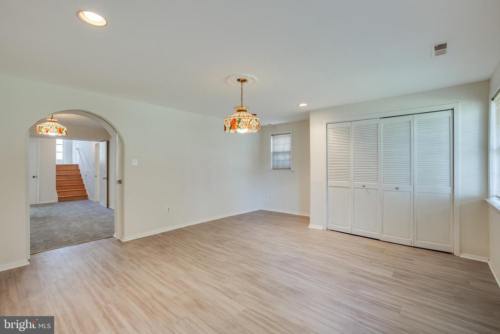 Additional Room - walk out to the backyard - 12813 LAYHILL RD, SILVER SPRING