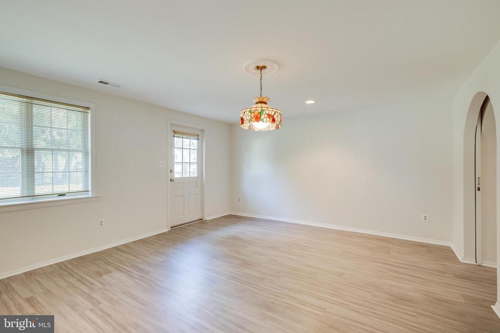 Additional Room with new flooring - 12813 LAYHILL RD, SILVER SPRING