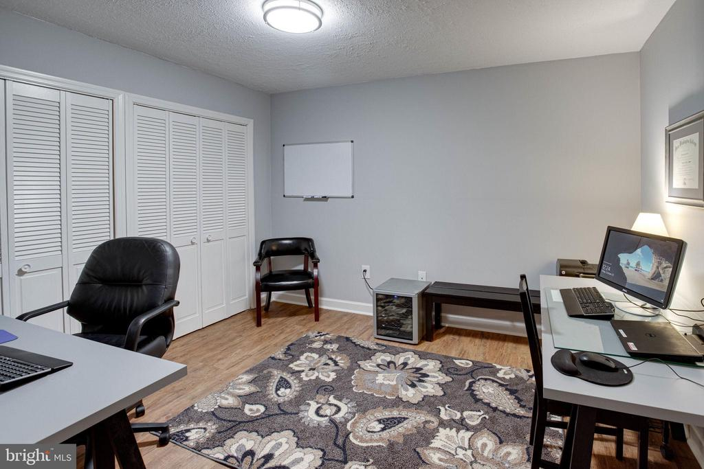 Basement office/spare room - 5 DARIAN CT, STERLING