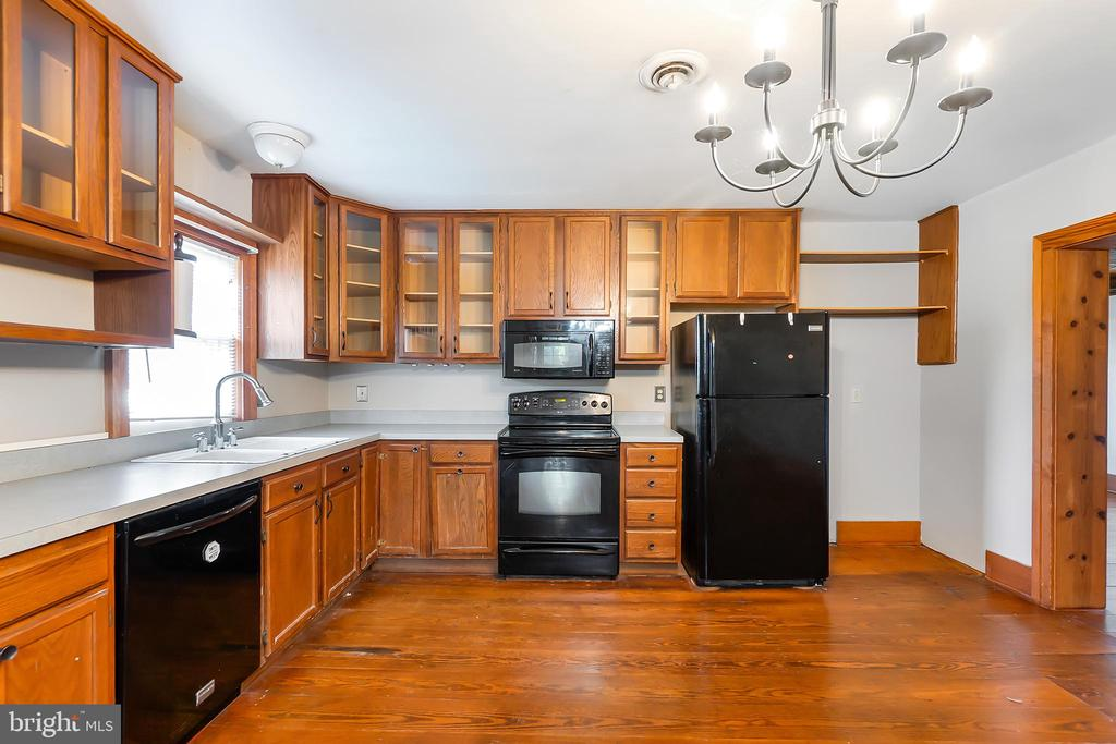 Updated and ready for you - 7901 MELTON LN, SPOTSYLVANIA