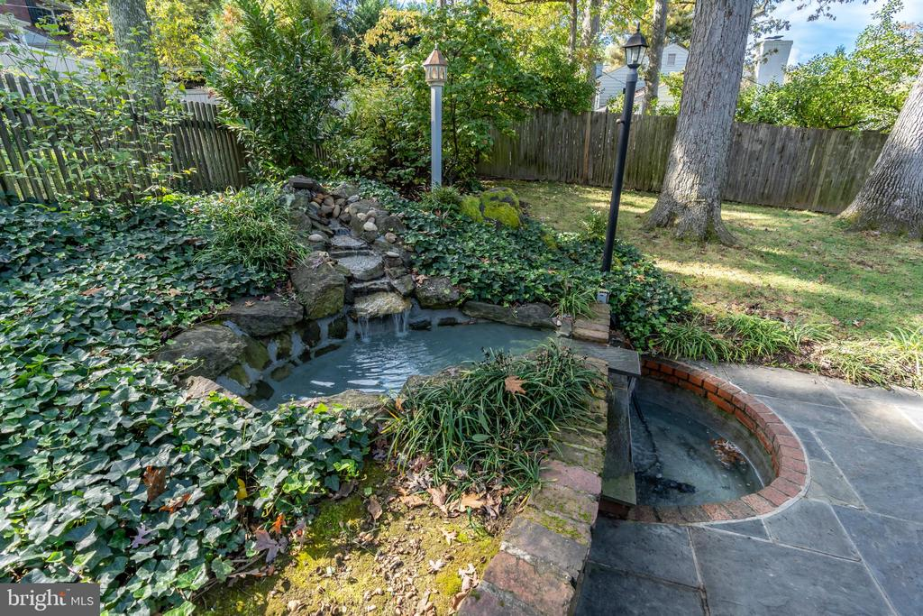 Water feature - 3502 HALCYON DR, ALEXANDRIA