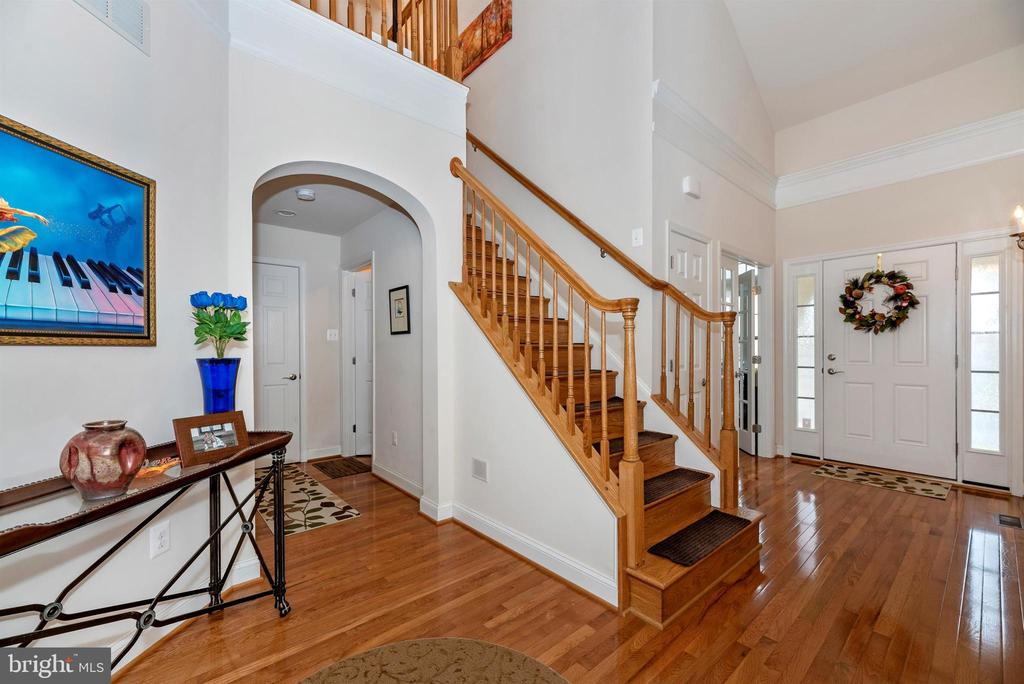 Front Foyer and Hall - 2513 MILL RACE RD, FREDERICK