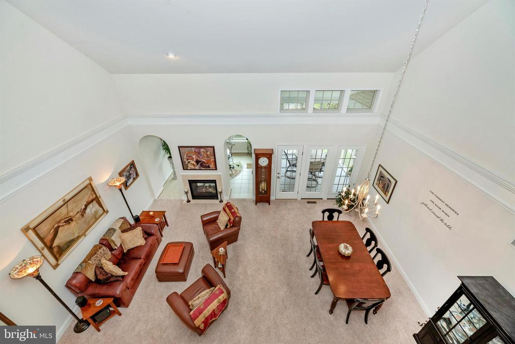 Two story ceiling opens to lofted Family Rm above. - 2513 MILL RACE RD, FREDERICK