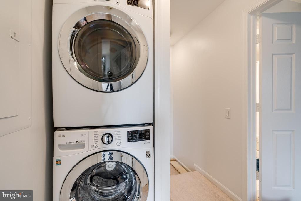 Washer & Dryer - 2810 EMMA LEE ST #304, FALLS CHURCH