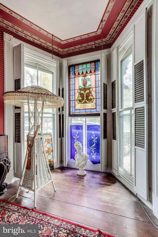Beautiful stained glass featured in this room - 210 N KING ST, LEESBURG