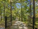 The grand entrance - 40568 HIDDEN HILLS LN, PAEONIAN SPRINGS