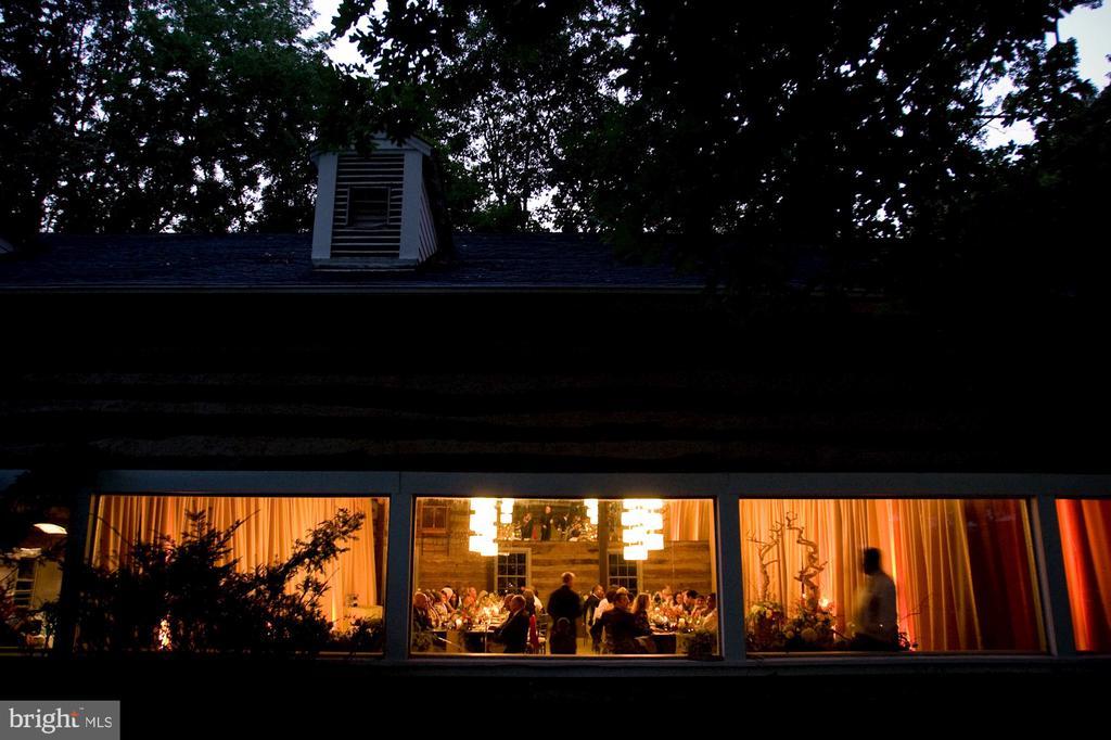 Exterior view-Party Barn wedding - 40568 HIDDEN HILLS LN, PAEONIAN SPRINGS