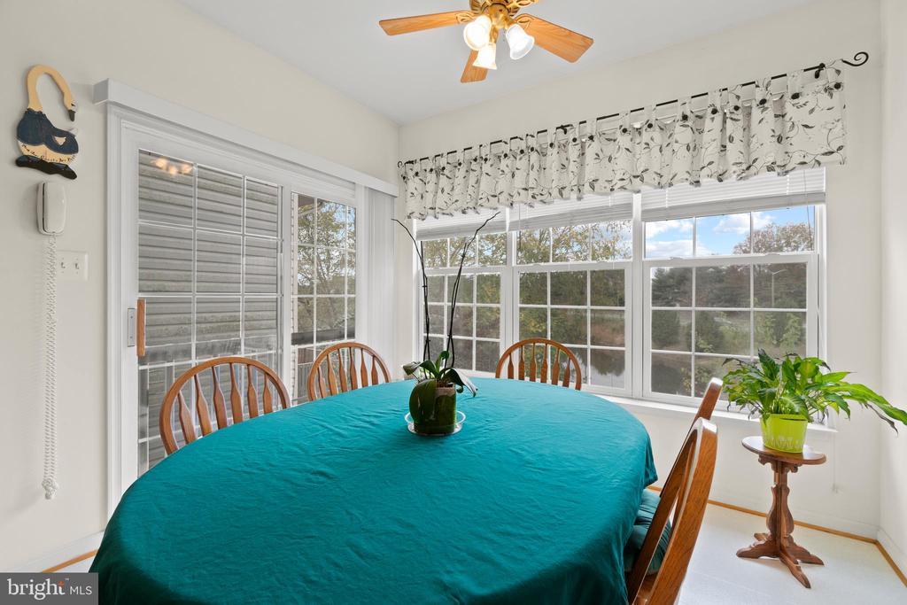 Sunroom/Breakfast Room - 10206 MAGNOLIA GROVE DR, MANASSAS