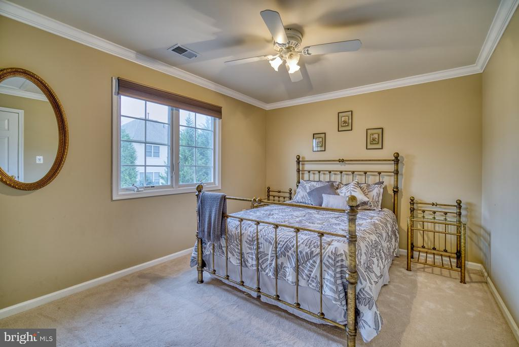 Bedroom #2 - 10868 GROVEHAMPTON CT, RESTON