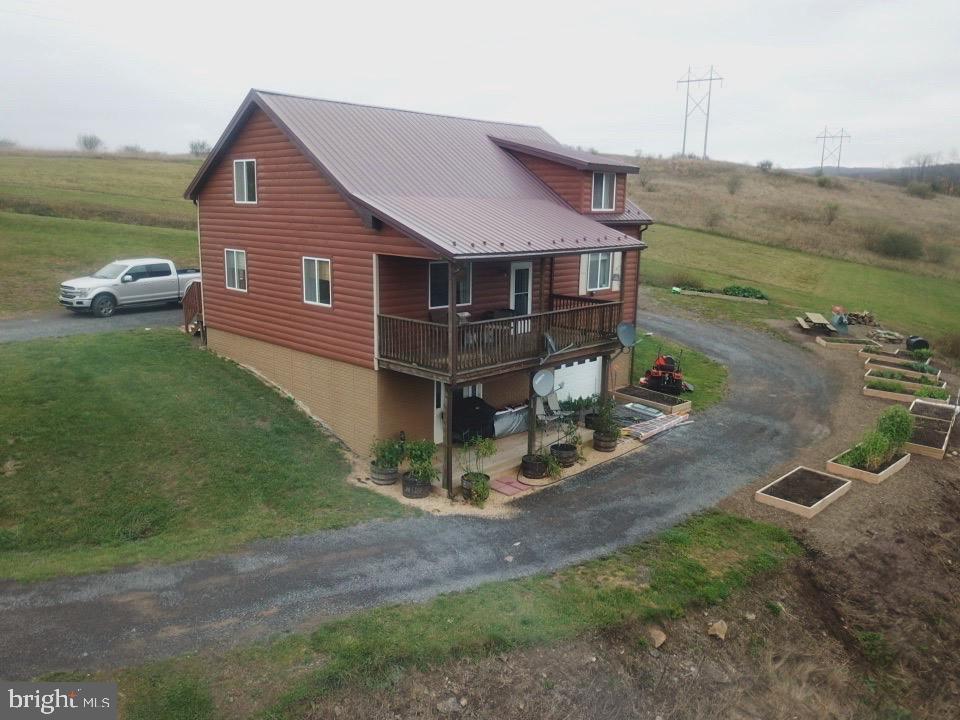 Single Family Homes para Venda às Keyser, West Virginia 26726 Estados Unidos
