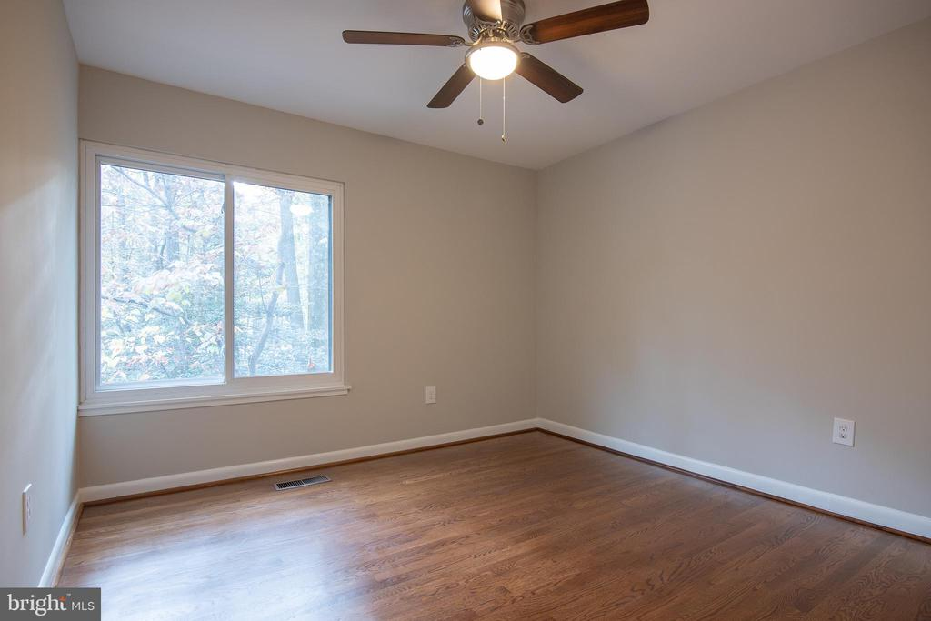 Third bedroom - 11580 WOODHOLLOW CT, RESTON