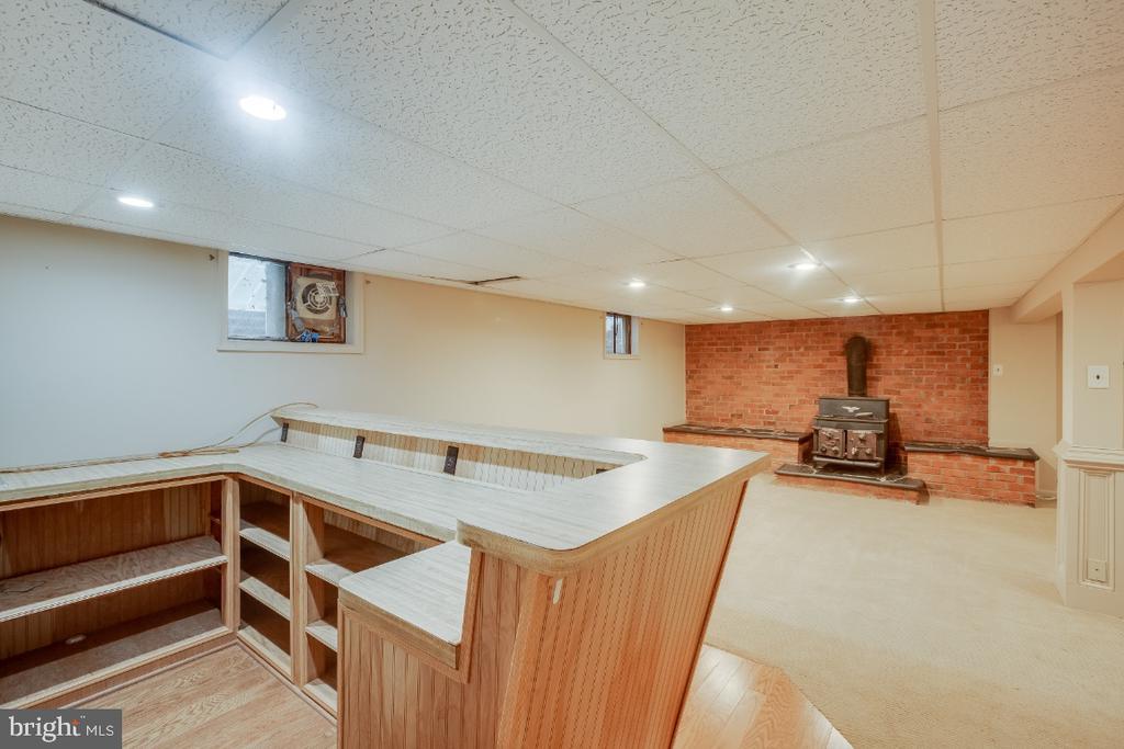Open basement floor plan - 161 LAWSON RD SE, LEESBURG
