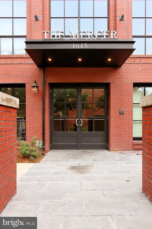 Building Entrance - 1615 N QUEEN ST #M601, ARLINGTON
