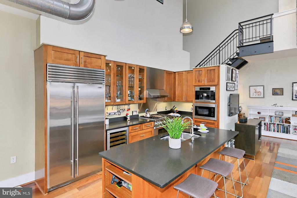 Gourmet Kitchen with Wine Refrigerator - 1615 N QUEEN ST #M601, ARLINGTON