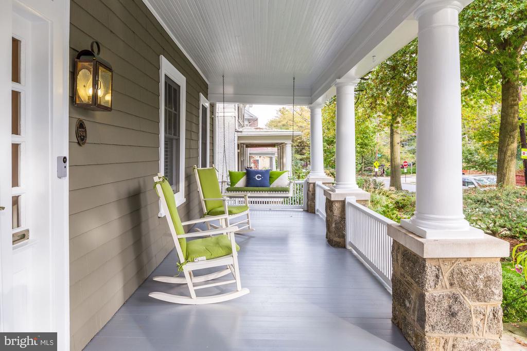 Charming Front Porch - 3307 MACOMB ST NW, WASHINGTON