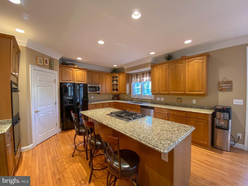 Kitchen - 10810 PENINSULA CT, MANASSAS