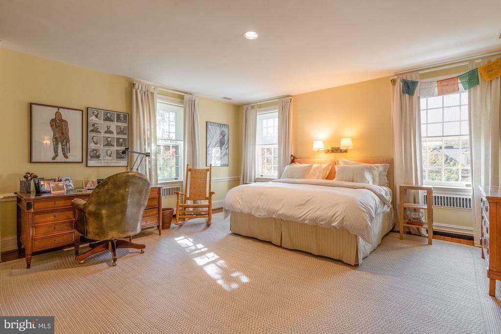 Bedroom 3/Second Floor - 2829 WOODLAND DR NW, WASHINGTON