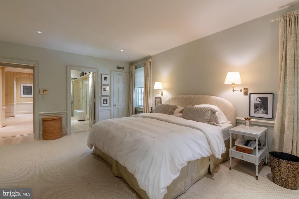 Master Bedroom - 2829 WOODLAND DR NW, WASHINGTON
