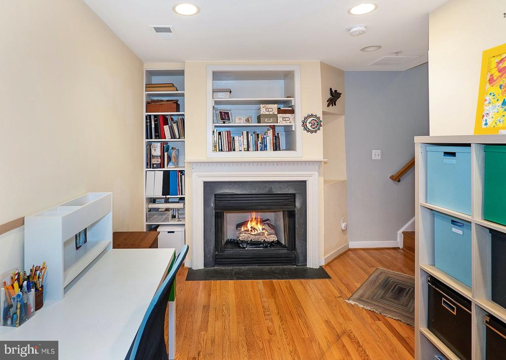Lower level flexible space - 1322 N DANVILLE ST, ARLINGTON