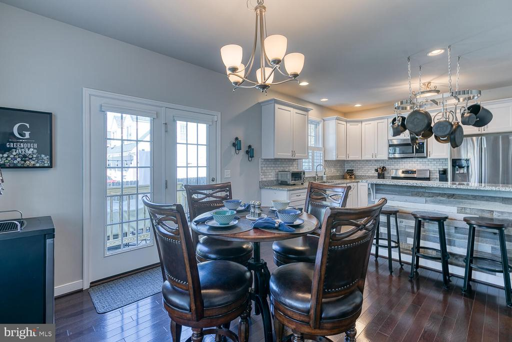 Kitchen Built for Entertaining! - 1419 HANOVER ST, FREDERICKSBURG