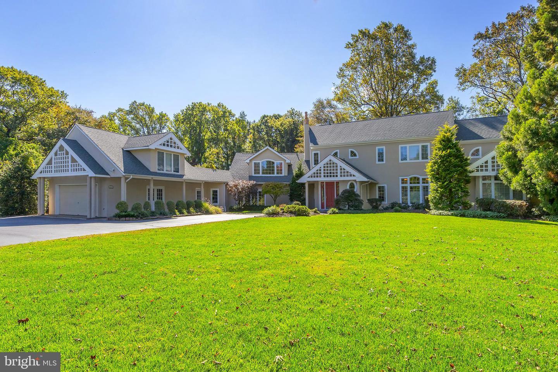 Single Family Homes para Venda às Cherry Hill, Nova Jersey 08034 Estados Unidos