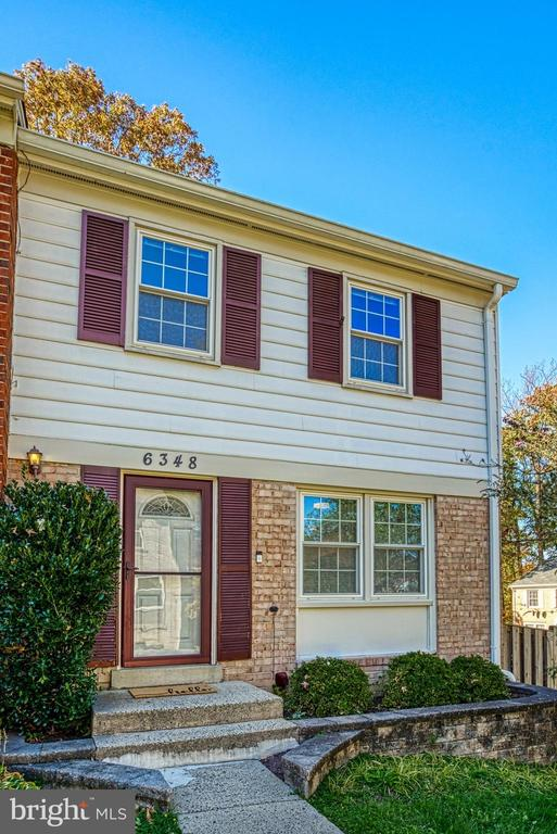 Welcome home. Come in and look around! - 6348 DRACO ST, BURKE