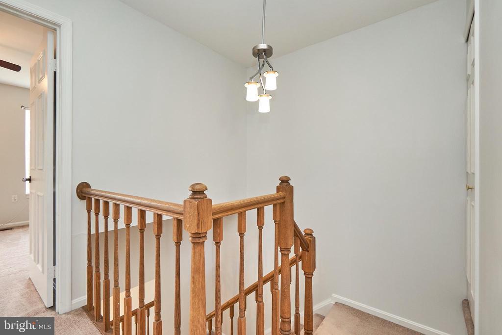 Stairs - 3305 KINFOLK CT, HERNDON