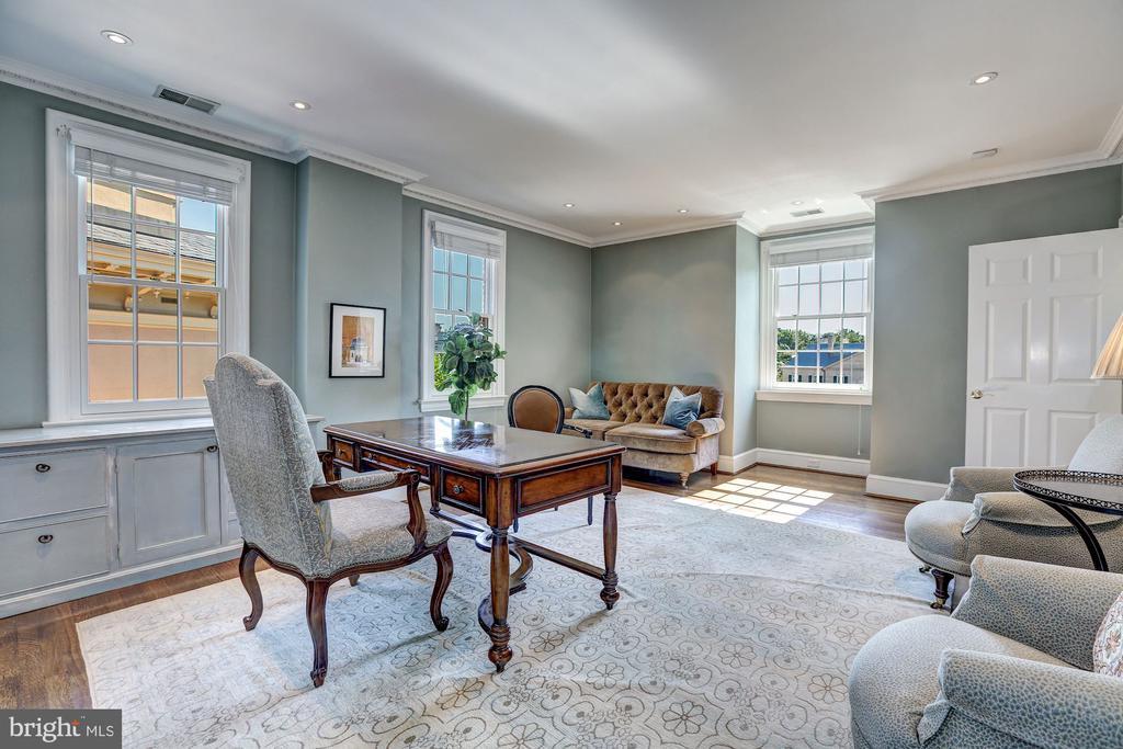 Potential Master Bedroom - 2507 MASSACHUSETTS AVE NW, WASHINGTON