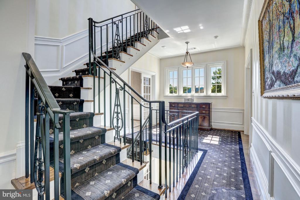 Gorgeous Stairwell - 2507 MASSACHUSETTS AVE NW, WASHINGTON