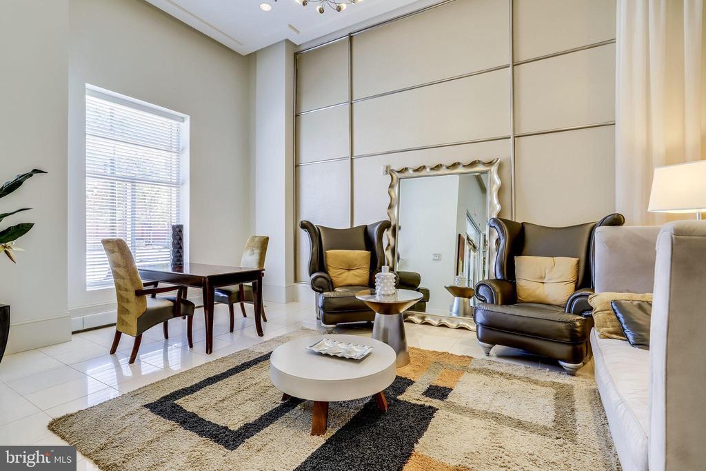 3 Beautiful Lobby sitting/waiting area - 309 HOLLAND LN #115, ALEXANDRIA
