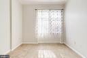 24 Guest Bedroom with en suite - 309 HOLLAND LN #115, ALEXANDRIA