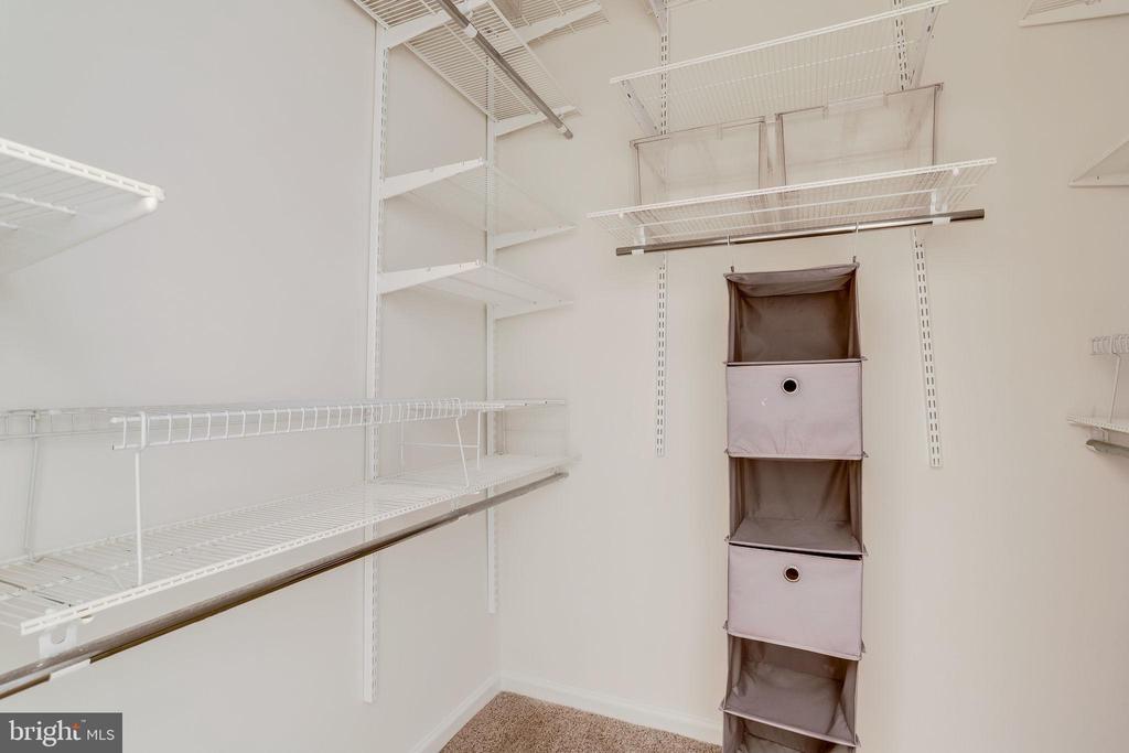 27 Guest Walk in closet - 309 HOLLAND LN #115, ALEXANDRIA