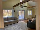 Like to entertain?  29 x 12ft Great room - 11798 TARGET CT, WOODBRIDGE