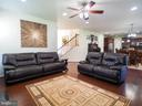 Look at all this gathering space! - 14973 SPRIGGS TREE LN, WOODBRIDGE