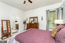Main Level Master Bedroom with En Suite Bathroom - 18228 RED MULBERRY RD, DUMFRIES