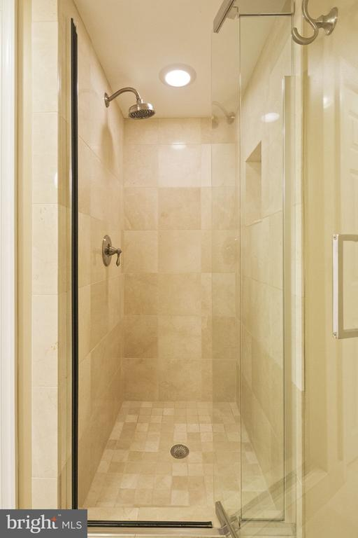 Lower Level Bathroom - 4634 31ST RD S, ARLINGTON