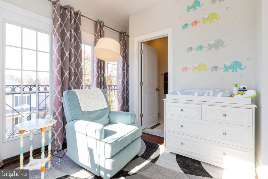 2nd bedroom - 821 N WAKEFIELD ST, ARLINGTON