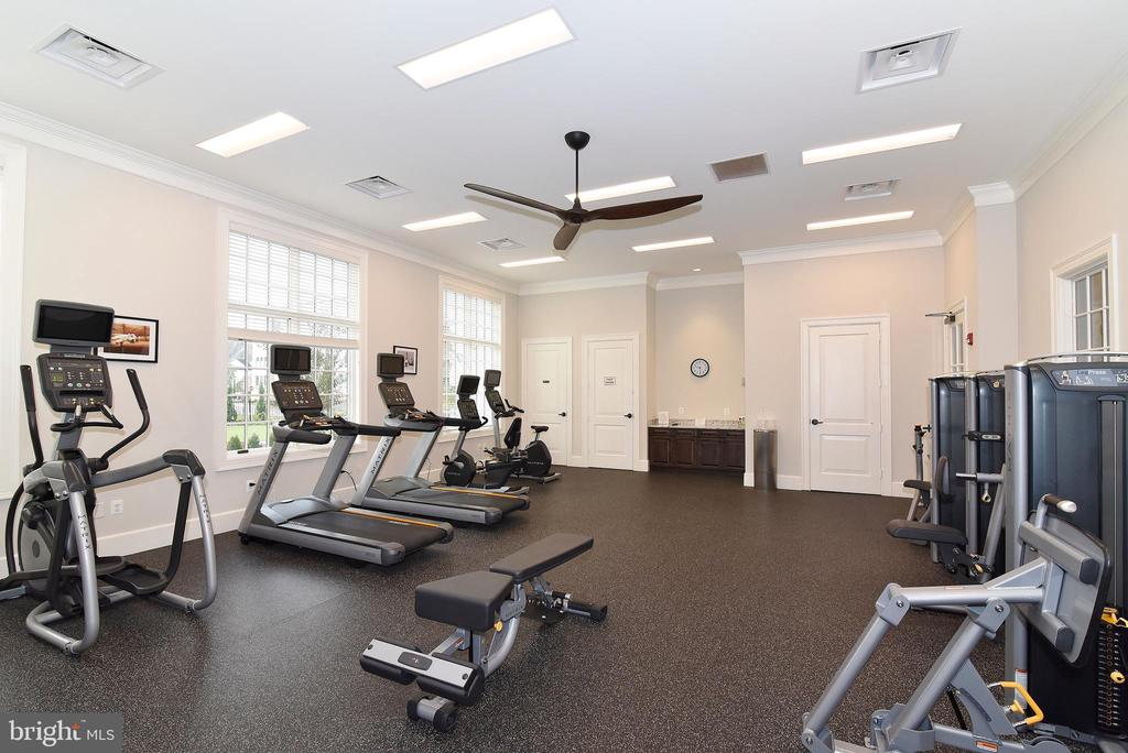 Fitness Center - 6101 FAIRVIEW FARM DR #109, ALEXANDRIA