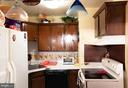 Kitchen - 401 E DARTMOUTH DR #6, STERLING