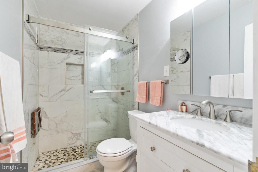 Recently remodeled bathroom - 200 N MAPLE AVE #607, FALLS CHURCH